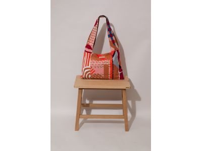 PATCHWORK AMULETTE RED BAG