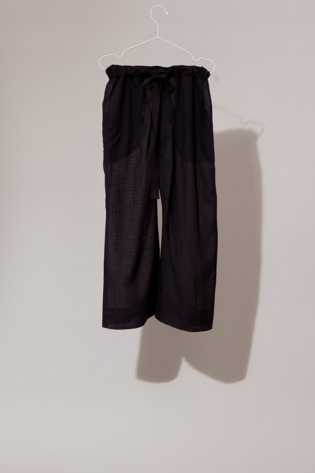 COMORE BLACK TROUSERS