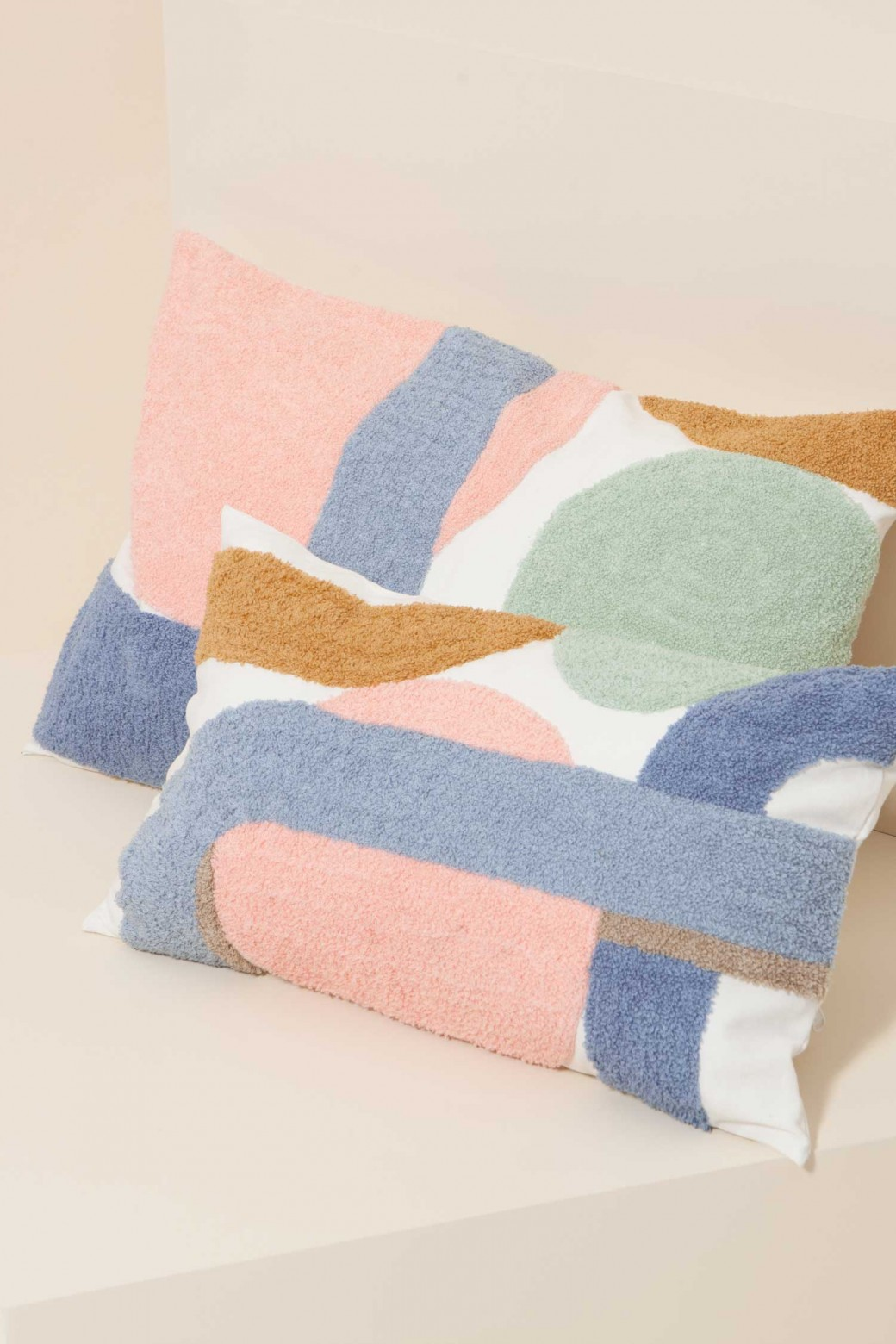 DELICE PASTEL CUSHION COVER