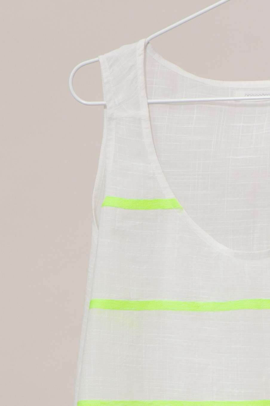 PACIFIQUE EMBROIDERED LIME TOP