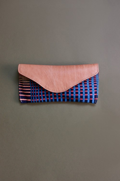 GRADIENT NAVY PINK GLASSES CASE