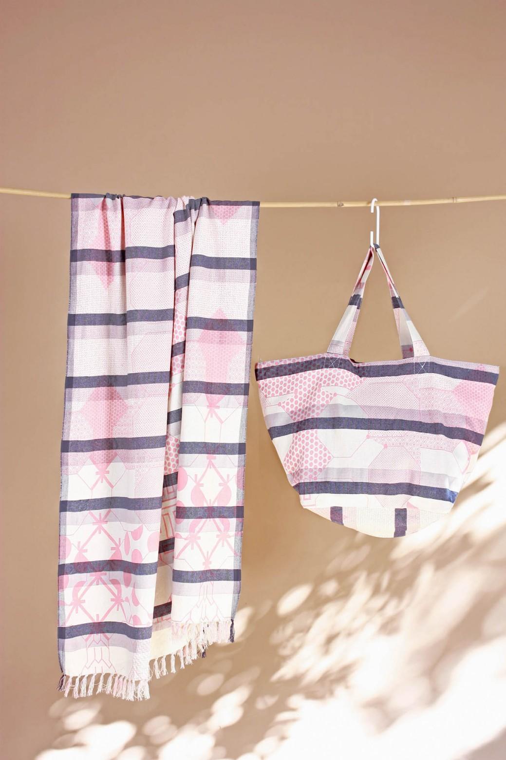 Miroir Pink Beach Towel