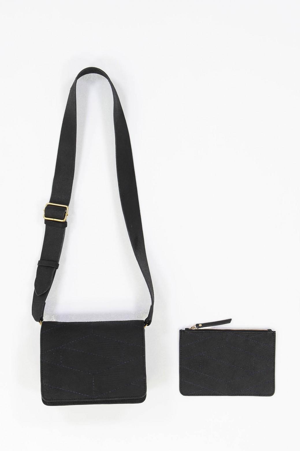LEONI BLACK BAG